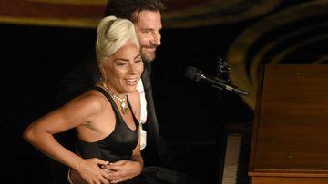 Rumores de relación entre Bradley Cooper y Lady Gaga y la exmujer del actor responde.