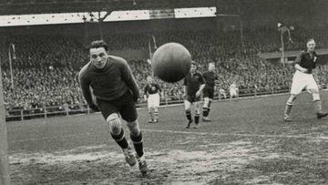 Un partido entre Holanda y Bélgica en 1932 /Nationaal Archief