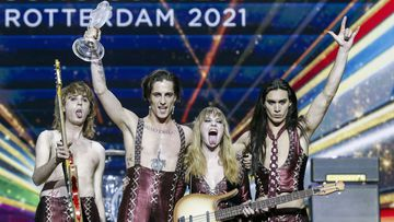 Rotterdam (Netherlands), 22/05/2021.- Maneskin from Italy with the song 'Zitti E Buoni' react after winning the Grand Final of the 65th annual Eurovision Song Contest (ESC) at the Rotterdam Ahoy arena, in Rotterdam, The Netherlands, 22 May 2021. Due to the coronavirus (COVID-19) pandemic, only a limited number of visitors is allowed at the 65th edition of the Eurovision Song Contest (ESC2021) that is taking place in an adapted form at the Rotterdam Ahoy. (Italia, Países Bajos; Holanda) EFE/EPA/ROBIN VAN LONKHUIJSEN