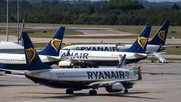 Imagen de varios aviones de Ryanair.