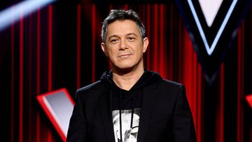 MADRID, SPAIN - JANUARY 29: Spanish singer Alejandro Sanz attends 'La Voz' Photocall In Madrid on January 29, 2020 in Madrid, Spain. (Photo by Samuel de Roman/Getty Images)