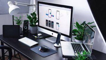 Encuentra 'gadgets' para el móvil y otros accesorios de audio e informática.