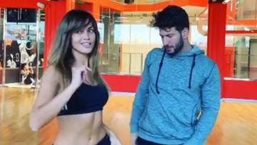 La presentadora Lara Álvarez bailando con su profesor de baile y nuevo novio, Daniel Miralles.
