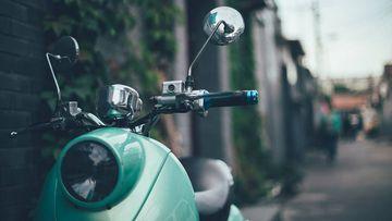 Las motos y los ciclomotores, unos vehículos ideales para conducir por las ciudades