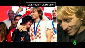 Imágenes de Luka Modric con Peter, un niño con Síndrome de Down, celebrando juntos en Zagreb el subcampeonato de Croacia en el Mundial de Rusia y del futbolista viendo un mensaje suyo casi cuatro meses más tarde.