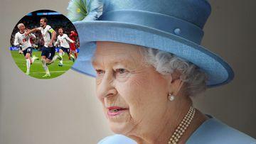 Imagen de Isabel II y la selección inglesa de fútbol.