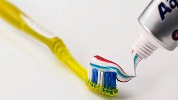 La OCU advierte sobre las pastas de dientes blanqueadoras. Foto: Pixabay