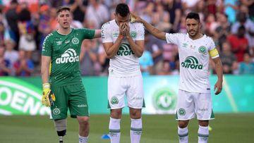 Los tres futbolistas supervivientes del Chapecoense: Alan Ruschel, Jakson Follmann y Hélio Neto