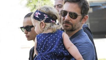 Irina Shayk y Bradley Cooper aparecen juntos con su hija Lea de Seine.