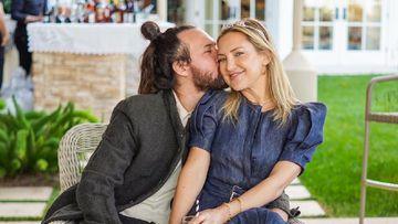 Imagen de Kate Hudson y su pareja, Danny Fujiwaka.