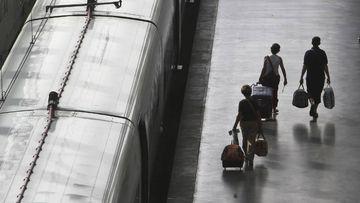 Un AVE descarrila y afecta a 400 viajeros.